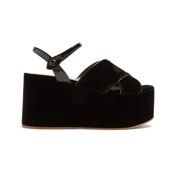Miu Miu Crossover velvet flatform sandals ($750) ❤ liked on Polyvore featuring shoes, sandals, black, black ankle strap sandals, black strappy shoes, black strap sandals, flatform sandals and black flatform sandals
