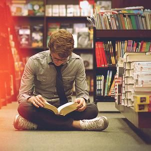 Resultado de imagen de cute guy reading library