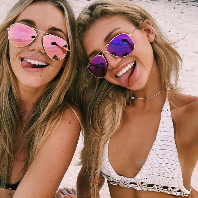 Can you tell we're THAT happy right now??!!  // Gabby Epstein