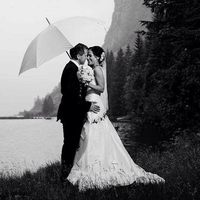 Bryllup neste sommer? Jeg har et par datoer ledig i juni og juli. Ta kontakt på email: peter.monstad@gmail.com  #bryllup #bryllupsfotograf…
