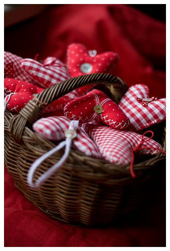 .baskets of fabric hearts~