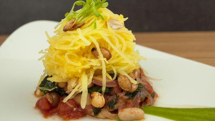 Spaghetti Squash with Kale Ragout