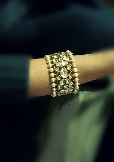 Nizam style kundan kada with pearls #Indian #Jewellery...