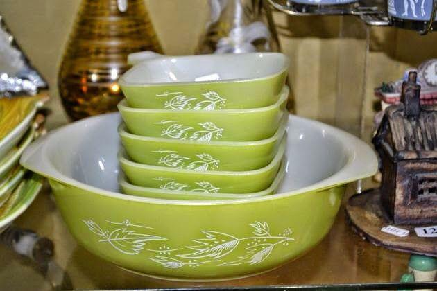Lime green Pyrex set