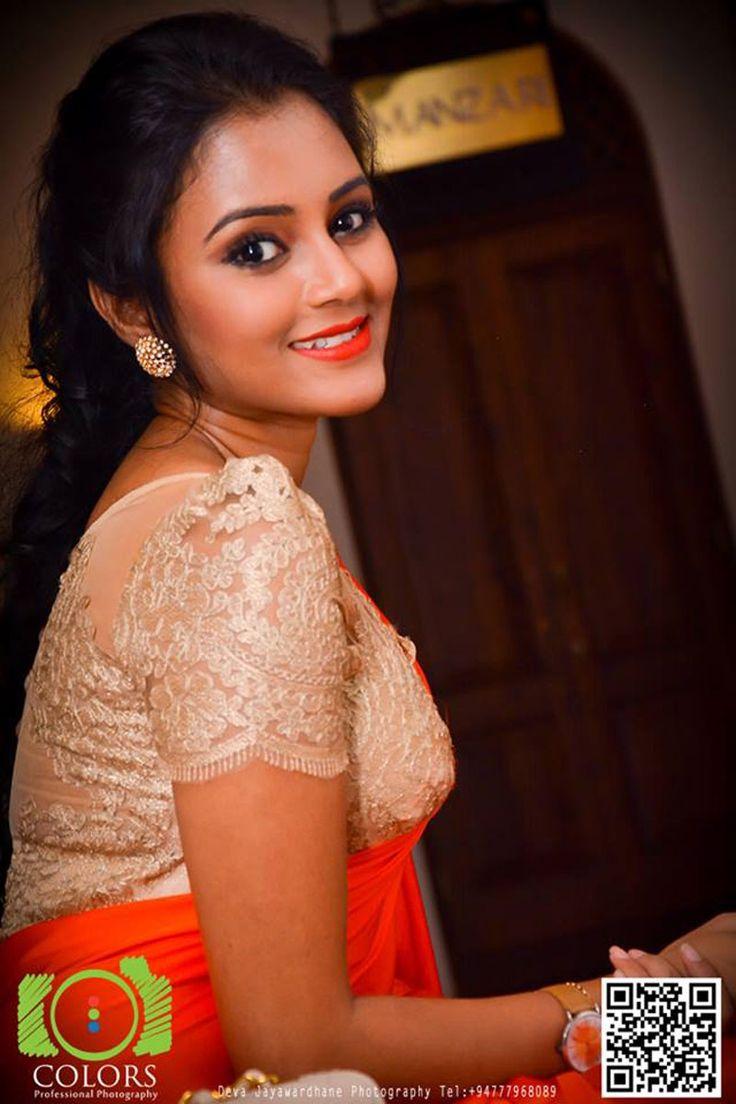 tamil actress sexy boob photos