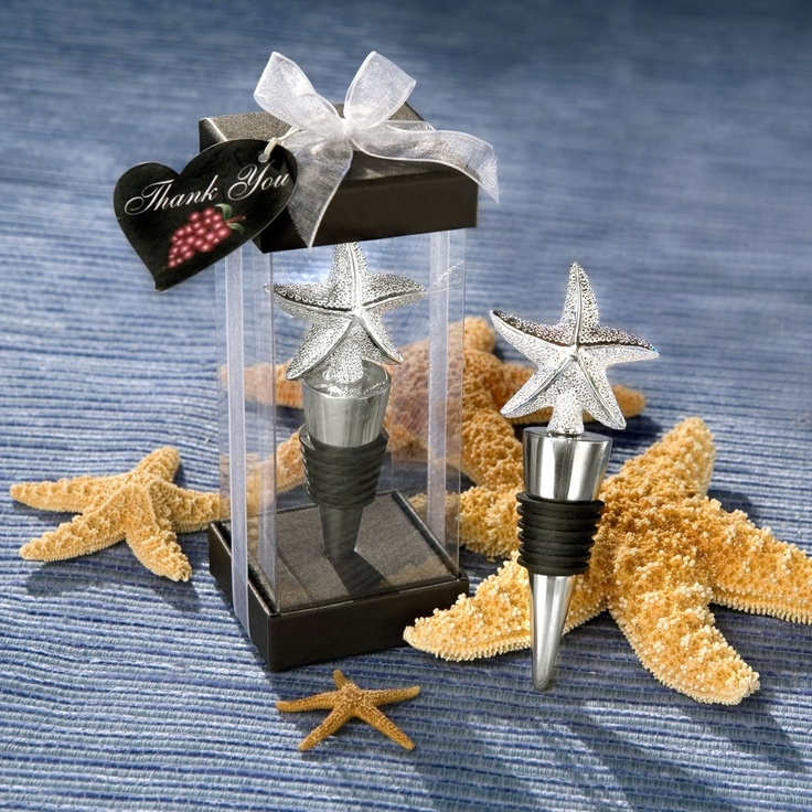 Starfish Bottle Stopper Favor | #exclusivelyweddings | #beachwedding