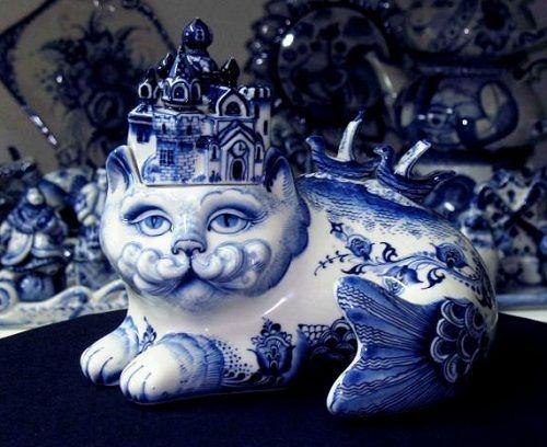 Jewelry Box 'Fish-Cat'. Gzhel <b>ceramics</b> | Hey Mom! in 2019 | Blue ...