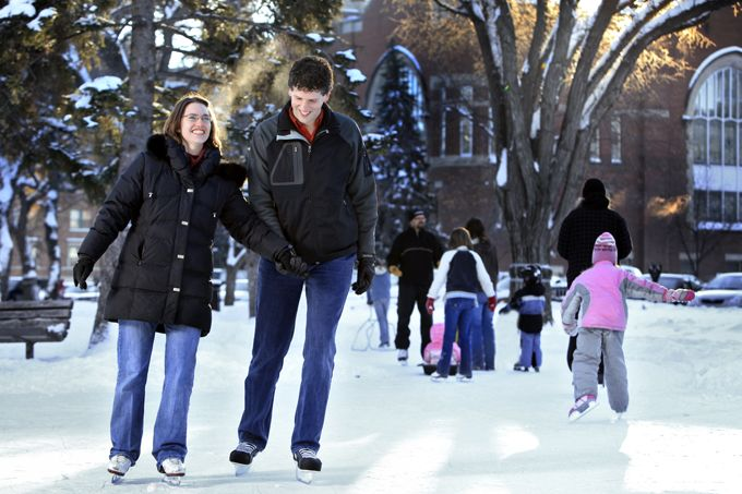 Things really heat up during the winter months in Regina. Fun can be had citywide with a variety of new restaurants and pubs, family-friendly stops, boutique shopping downtown and in the Cathedral area, festivals and more. With beautiful Wascana Park in the heart of the city and a thriving strong ar
