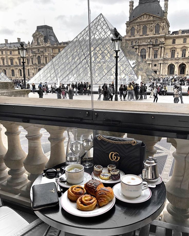 Paris Cafe #Paris #Louvre #travel #france #cafe #coffee  / Instagram: