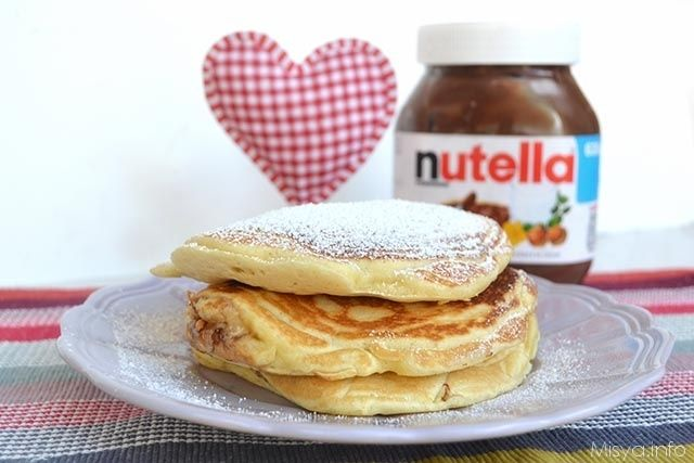 Pancakes alla nutella, scopri la ricetta: http://www.misya.info/2015/06/10/pancakes-alla-nutella.htm