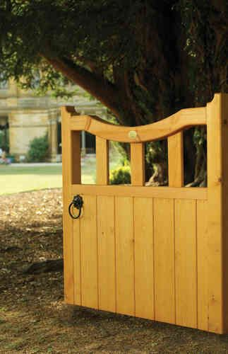 We Offer A 5 Year Workmanship Warranty With All Our Wooden Garden And  Driveway Gates.