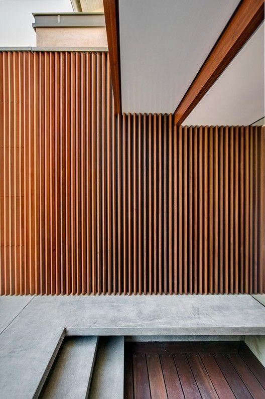 aros Northbridge House II / Roth Architects