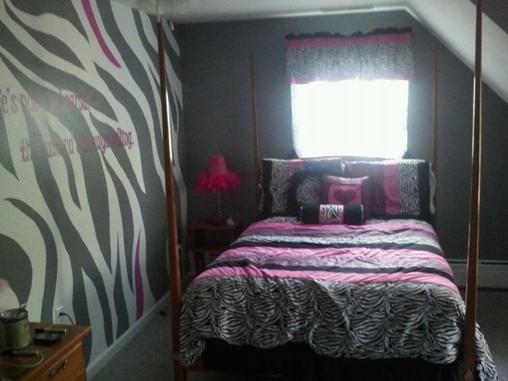 Zebra print accent wall for the home pinterest flip for Zebra room decor walmart