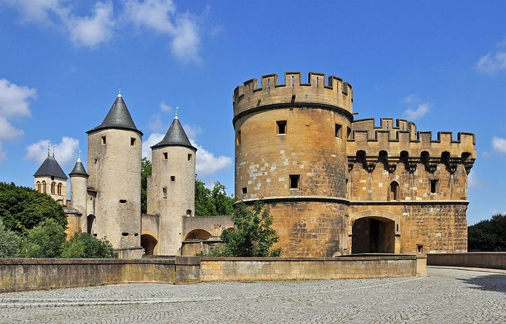 "I love castles and medieval architecture!  This is the ""German gate"" in Metz, France."