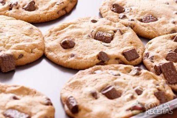 Receita de Cookies com gotas de chocolate em receitas de biscoitos e bolachas, veja essa e outras receitas aqui!