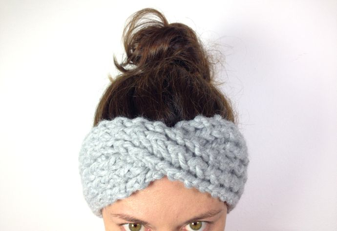 Tutorial DIY how to make a twisted headband loom knitting
