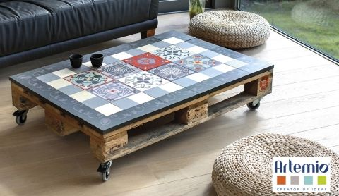 diy table basse l 39 effet carreaux de ciment a vous pla t d couvrez comment confectionner. Black Bedroom Furniture Sets. Home Design Ideas