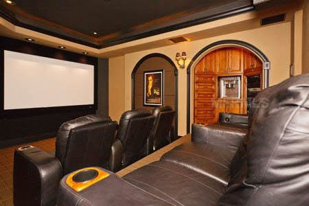 Theater Room: Home, Favorite Places, Theater Rooms, Houses Ideas, Media Rooms, Basements Ideas, Boys Stuff, Men Caves, Watches Film