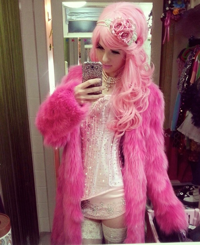 sissy hair dye story fantasy classy outfits fashion fur fashion