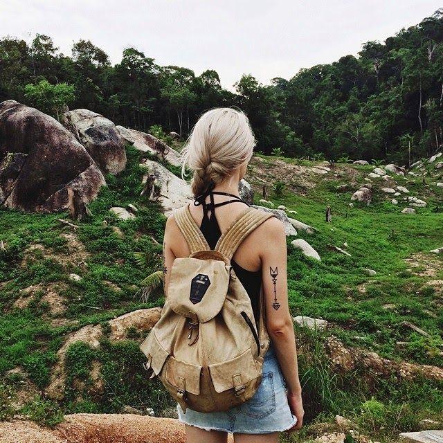 Instagram weekly: Between two worlds