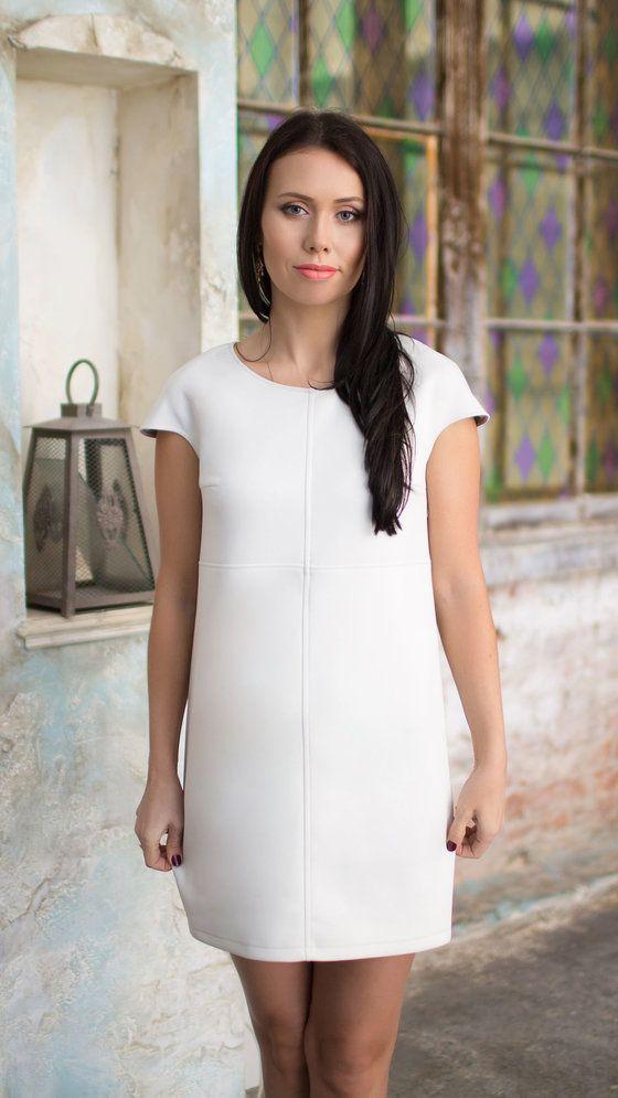 http://lnk.al/3NRR Купить женскую одежду в интернет- магазине Polinne.ru Купить платья и юбки с бесплатной доставкой по Санкт-Петербургу. Высокое качество одежды от лучших производителей и популярных дизайнеров Не нужно часами ходить по торговым центрам за поиском подходящего платья, здесь вы найдете одежду со  скидкой и подарком в заказе