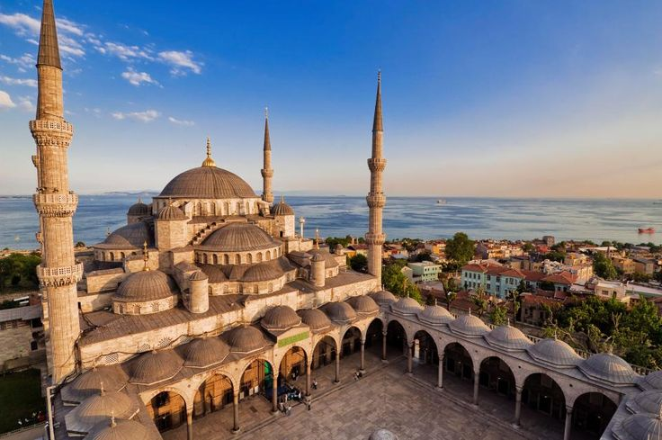 Solo traveler guide to Turkey | Turkey is a country that holds a special place in my heart. It was my first solo travel experience 3 years ago and I fell in love with Turkey at the first sight, as soon as I walked out from the Istanbul Airport...
