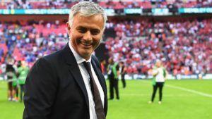 Jika menilik bagaimana performa tim asuhannya sepanjang pertandingan tersebut menurut The Special One harusnya Manchester United bisa meraih kemenangan lebih banyak dari sekedar 2-0. Kendati demikian Mou tetap senang dengan penampilan Setan Merah.  Pemuncak klasemen sementara Liga Primer Inggris Manchester United dinilai seharusnya bisa menang dengan keunggulan yang lebih besar dibanding skor 2-0 saja saat menjamu Southampton pada panggung Liga Primer Inggris musim 2016/17 demikian menurut…