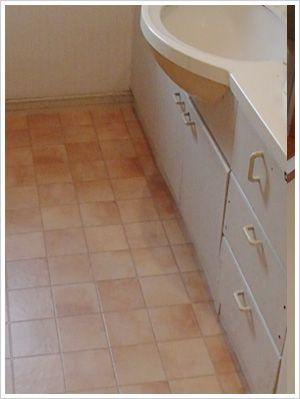 洗面所のクッションフロア張替工事 洗面台リフォーム 交換できるくん