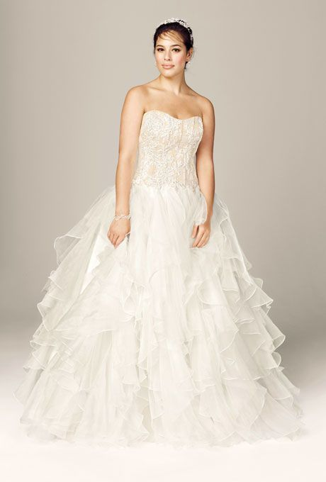 282 best plus size wedding dresses images on pinterest for Wedding dress designer oleg cassini