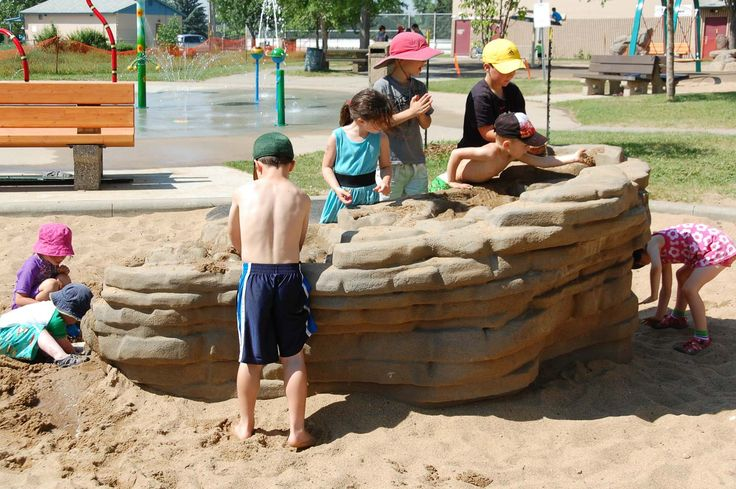 Avonmore Community League Playground Mud Puddle station for water + sand play. Edmonton playgrounds.