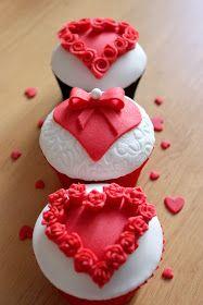 Unos cupcakes elegantes para el día de San Valentín.  Saludos y hasta la próxima!!!