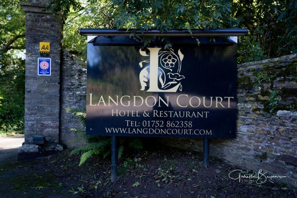 Langdon Court - Fine Food,  Luxury Stay, Dream Wedding, the choice is yours...  #restuarant #finedining #finedininglovers #placestostay #placestostayindevon #hotel #hotels #hotellife #relax #relaxation #relaxtime #devoniangardens #getaway #getaways #getawayweekend #luxuryhotel #luxurystay #weddingdaydestination #weddingvenue #devon #dorset #somerset #southhams #plymouth   @langdon.court #finefood, #luxurystay, #dreamwedding the choice is yours