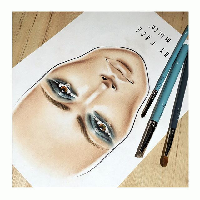 Inky blue eyes with My Face by My Kit Co.™ MY FACE face charts and My Face Chart Essentials™ set available online now:  www.mykitco.uk   FREE UK SHIPPING ends tomorrow at midnight!  #mykitco #myface #facechart #facecharts #face #MKCfacechart #artofthechart #artistry #MKCartistry #mykitcobrushes #MKCbrushes #MKCpro #mykitcopro #myartistcommunity #myartistcommunity_uk #makeup #makeupartist #makeupart #makeupartists #makeupjunkie