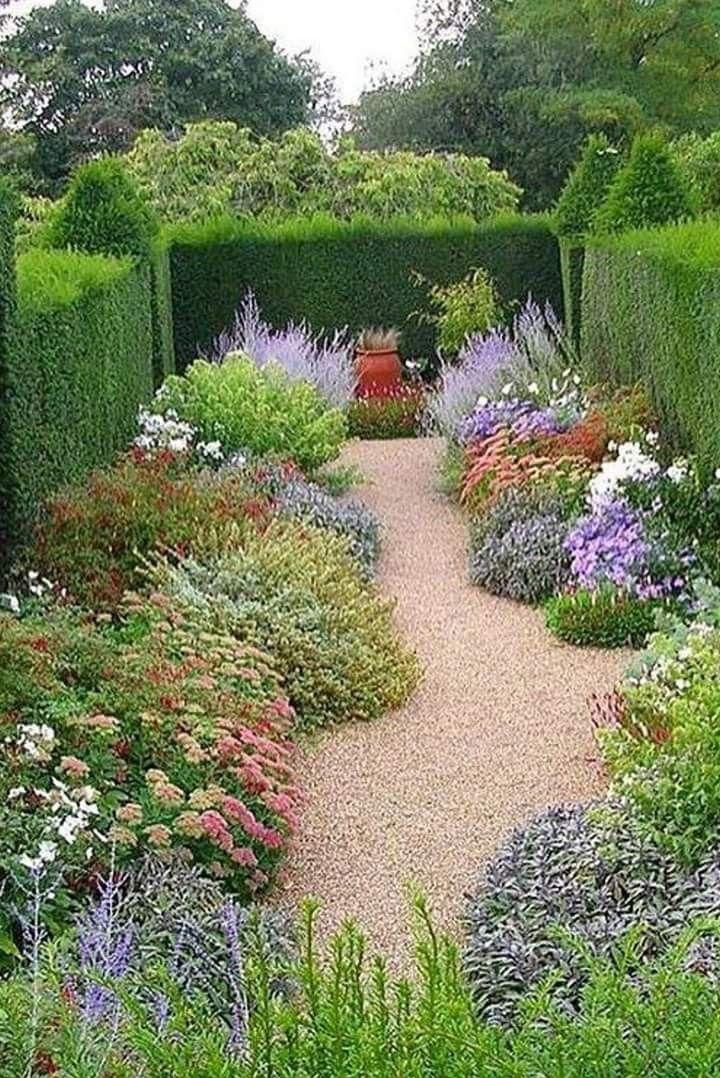 Pin By Lourdes Fuhr On Jardin Tunez Garden Types Beautiful