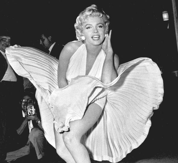Hermosa, glamorosa y sex symbol; pero también perturbada, paranoica y abandonada. Conoce la verdadera historia de Marilyn Monroe. Muy pronto.