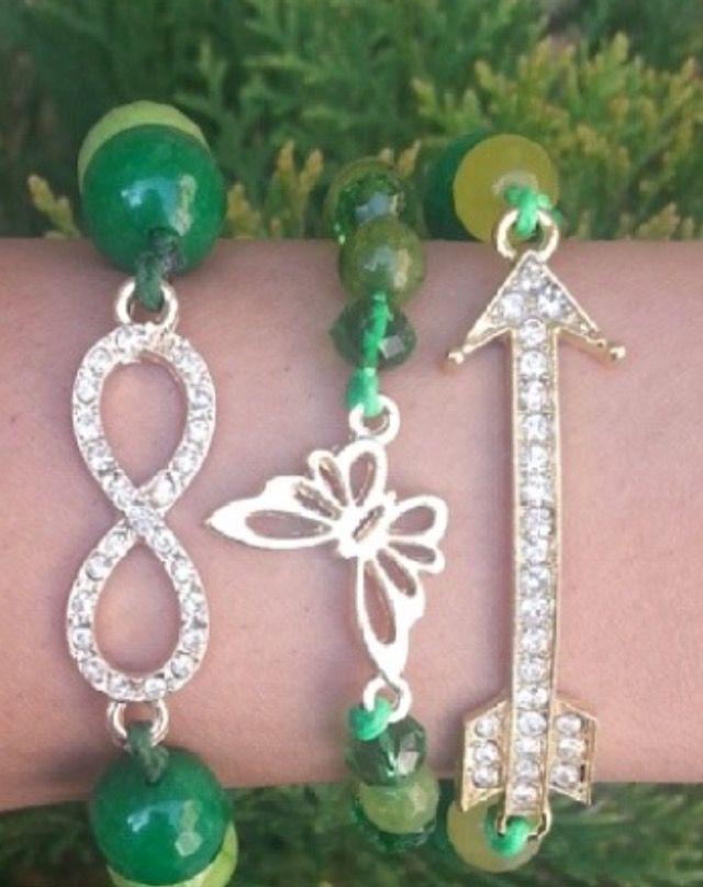 Fashionable elastic bracelets