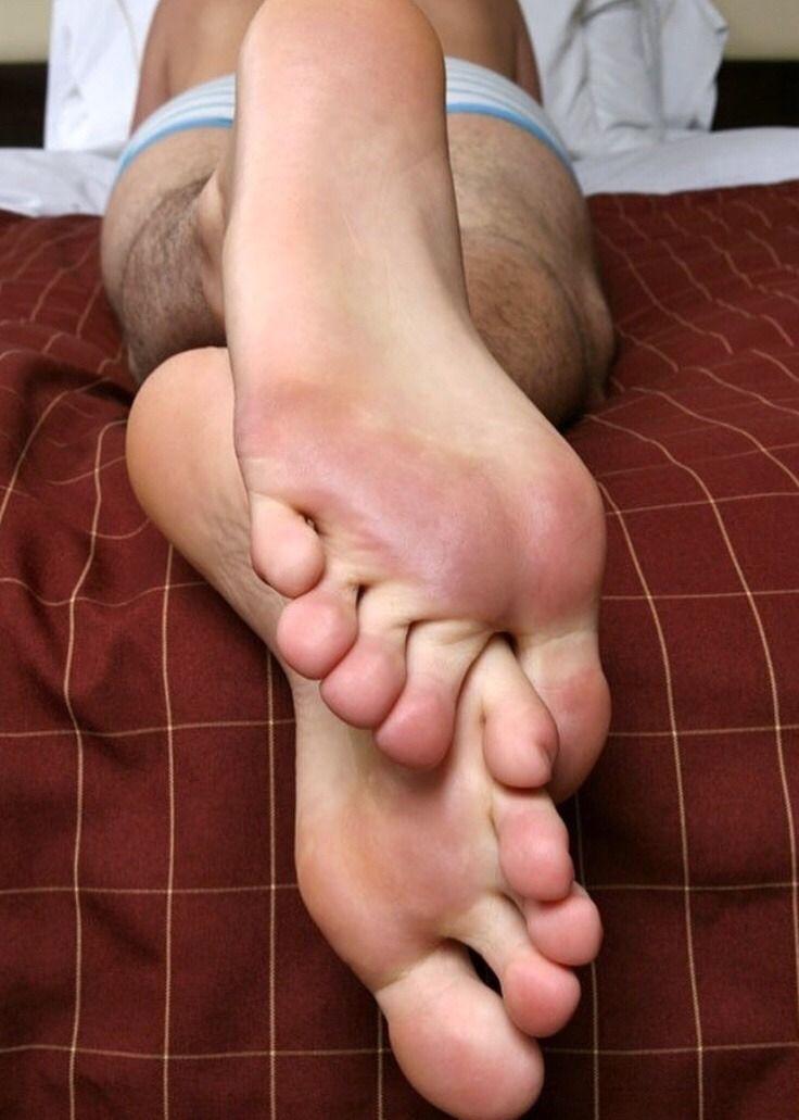 4f8af67f5fd5 Pin on Feet feet and feet