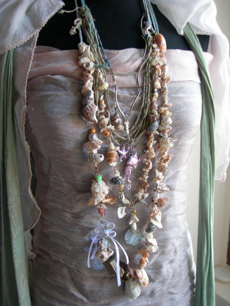 collana di conchiglie pokonaso | particolari (doppio Sirenetta -collana 2. e Sirenetta collana 3. con ...
