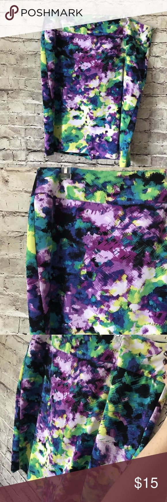 Lane Bryant  Floral  SZ 18 Purple Pencil Skirt Beautiful multi-colored pencil skirt in great used condition. No major signs of wear. No fading, rips, or pilling. 24 inches long, 19.5 inch waistband. Back zipper, no pockets. Lane Bryant Skirts Pencil