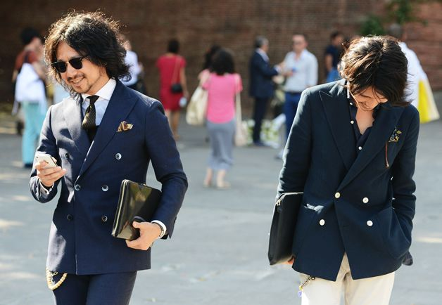 Tommy Ton's Street Style: Pitti Uomo: Style: GQ check out those buttons!: Gq Style, Ton S Street, Streetstyle Men, Mens Style, Pitti Uomo, Tommy Ton S, Street Styles, Men S Styles, Men Fashion Mode