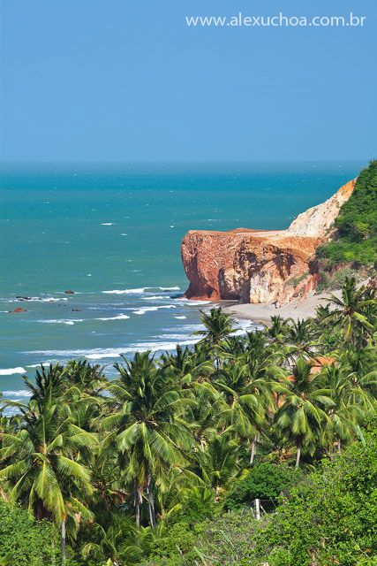 Praia da Redonda, Icapui, Ceara - BRASIL