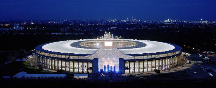 Olympiastadion Berlin, Sanierung und Überdachung