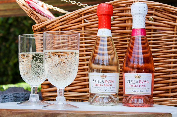 Picnic Packing Guide | Semi Sweet Wines | Stella Rosa Wines | Sweet Red Wines