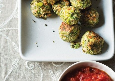 """Broccoli Meatballs with Garlic-Tomato Sauce Here's a fun twist on an old favorite! Kids will recognize the familiar shape while trying this new flavor fusion! Two broccoli """"meatballs"""" plus count as 1 1/2 ounces meat/meat alternate and 1/2 cup vegetable. (Serve 3 """"broccoli meatballs"""" to any 6-12 year olds.)"""