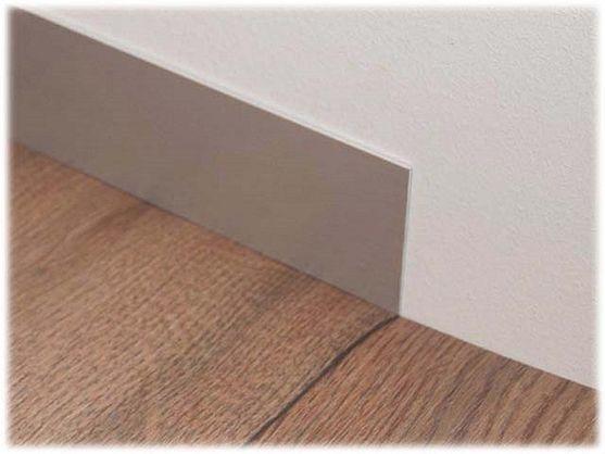 Aluminium vlakke plint geborsteld 7 cm x 250 cm (type 3)