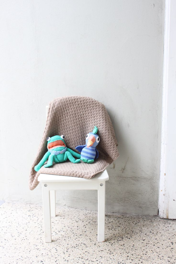 Baby tæppe str 135 x 80 cm Fremstillet i bomuld/acryl Lækker til den lille baby Pris 350 kr