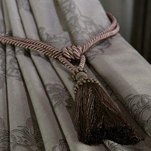 ダマスク柄の花が美しくエキゾチックな本格ジャガード織りカーテン「ダマスクブルーム」