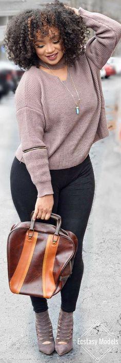 Romwe Cut Out Sweater // Fashion Look by @lingywashere #bowlingoutfit