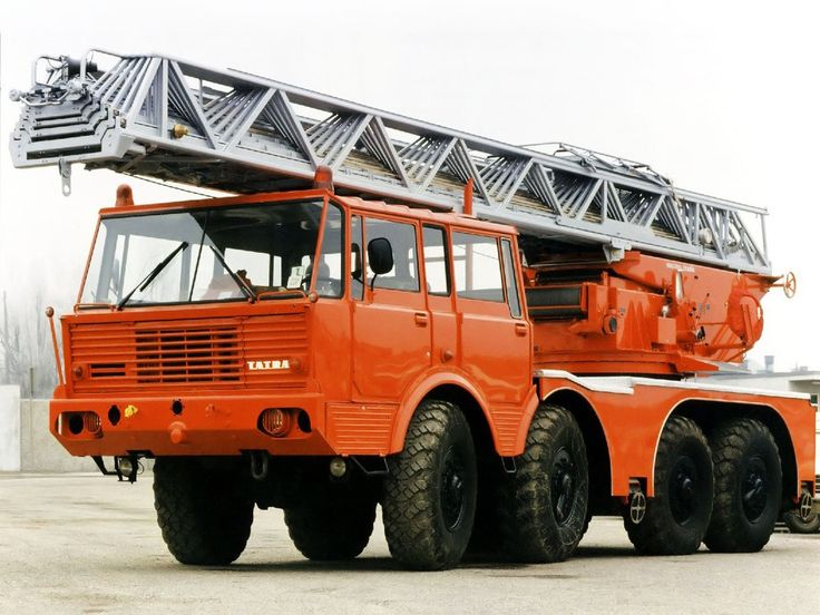 Tatra T813 8×8 Feuerwehr-Drehleiter Magirus '1967–82
