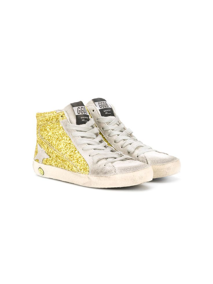 ¡Consigue este tipo de deportivas de GOLDEN GOOSE DELUXE BRAND KIDS ahora! Haz clic para ver los detalles. Envíos gratis a toda España. Golden Goose Deluxe Brand Kids - Superstar Glitter Sneakers - Kids - Leather/Suede/PVC/Rubber - 26: Lime leather SuperStar glitter sneakers from Golden Goose Deluxe Brand Kids featuring a round toe, a lace-up front fastening, a logo patch at the tongue, a distressed finish and a white rubber sole. Size: 26. Color: Yellow/orange. Gender: Female. Material…